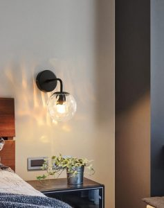 Miira Wall Light